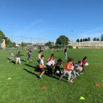 La classe de CE1/CE2 s'entraine pour le mondial du rugby