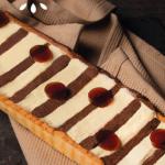 Les chroniques culinaires avril 2020 : Tarte ganache aux 2 chocolats et à la gelée de café.